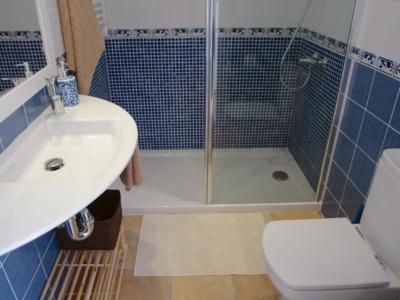 Can Perlita Bathroom
