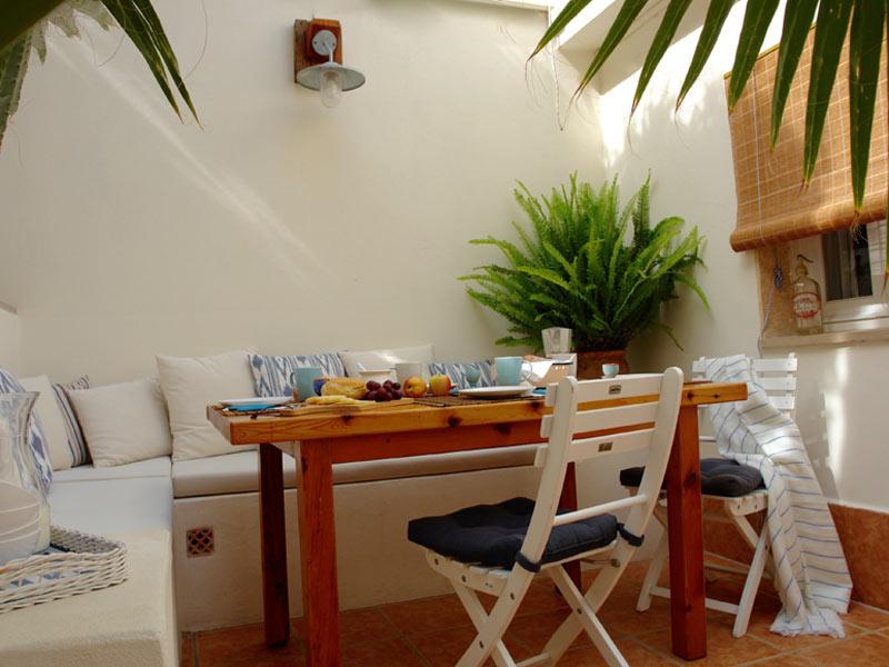 Can Perlita Courtyard
